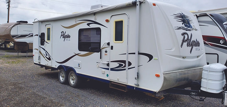 2007 Pilgrim Travel Trailer 8809.jpg