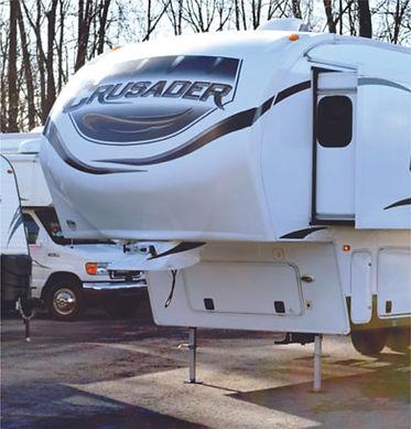 2012 Crusader 5th wheel 2202.jpg