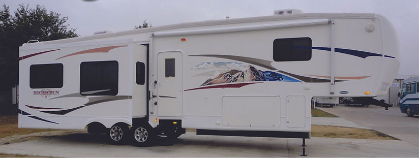 2008 Bighorn 5th wheel 0038.jpg