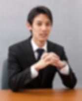 弁護士川﨑翔