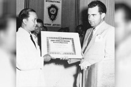 1954-Nixon_and_vietnamjci.jpg