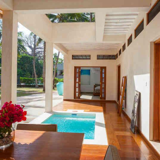 Marula House on the Beach - The pool