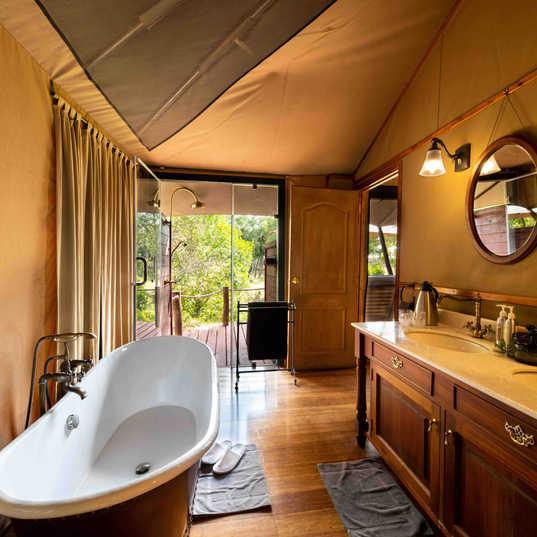 Elewana Sand River Luxury Tent bathroom.