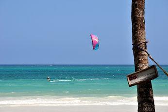 Kitesurfing in Diani