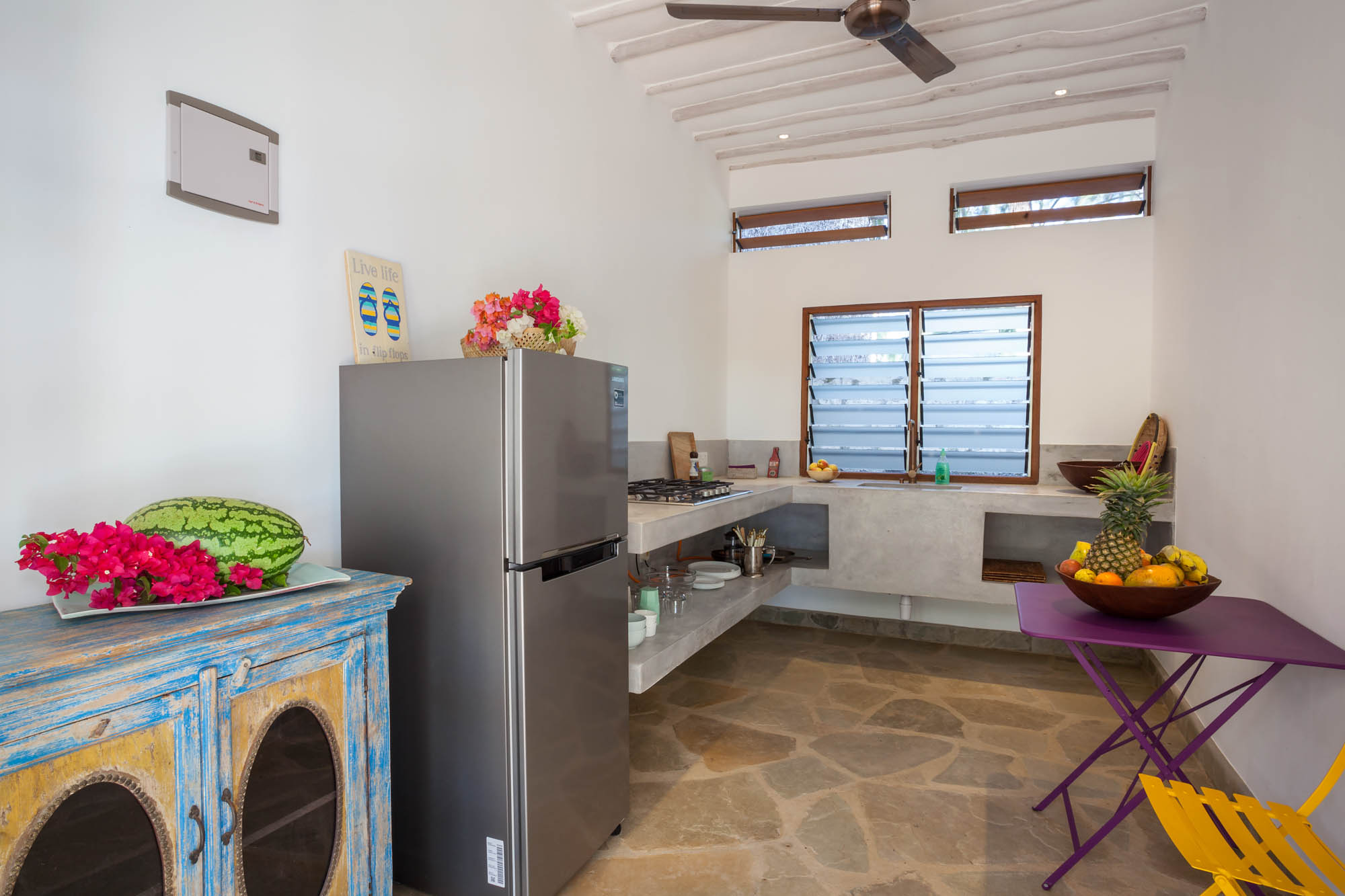 Beach Cottage - Kitchen