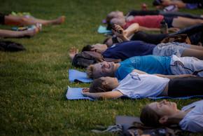 170711-sunset-yoga-082.jpg