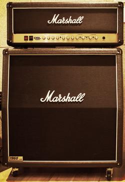 D룸 Guitar amp