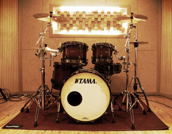 B room Drum
