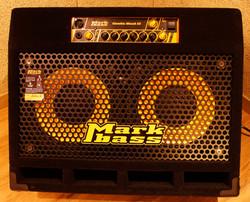 D room Bass amp
