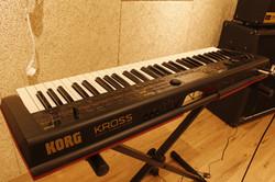 B room keyboard