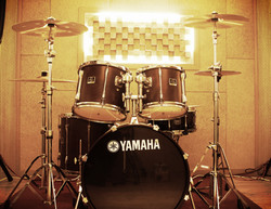 E room Drum