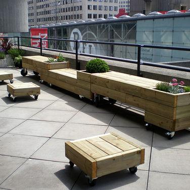 verrijdbare-plantenbakken-meubels-steigerhout.jpg