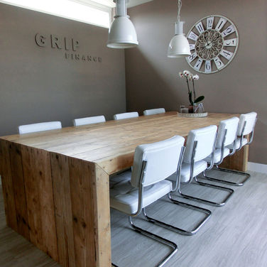 Steigerhout vergadertafel