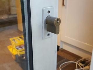 Choosing The Right Locksmith
