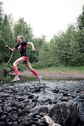 Therese Wånehed löpning i terräng