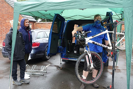 A mountain bike being serviced at the Repair Cafe Kenilworth