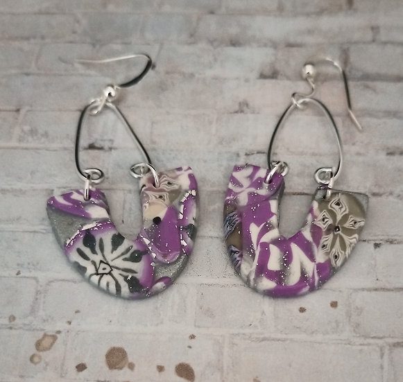Metallic Mauve Upside Down U Earring