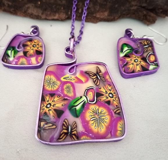 Alegria II Square Purple Wire Necklace set