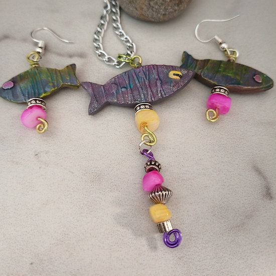 Yellow and Pink Eye Fishies Necklace set