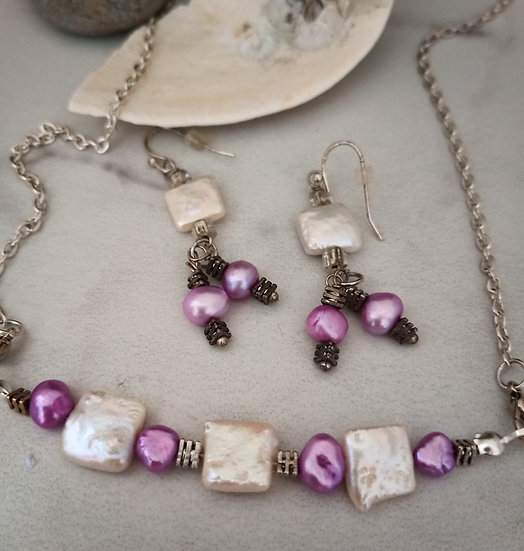 Magenta and White Freshwater Pearls Necklace set