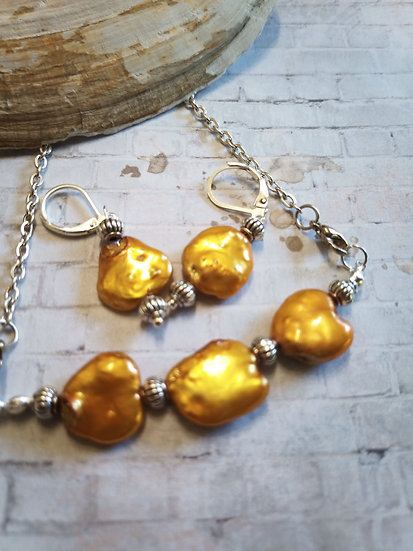"Orange Keishi ""Coins"" freshwater Pearl necklace set"