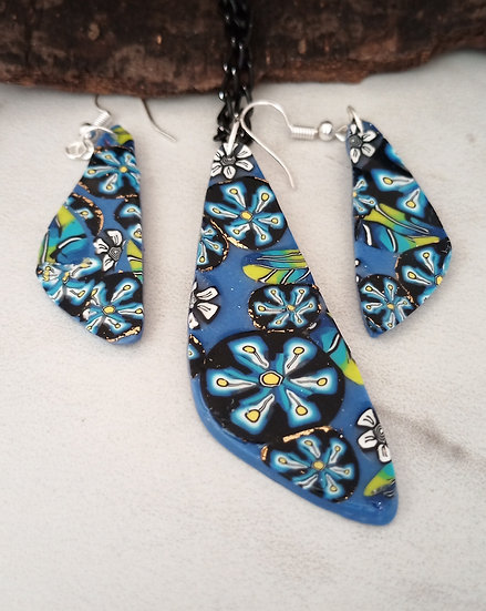 Blue Flower necklace #2