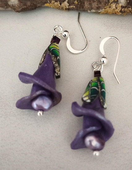 Soft Purple Flower Stem Earrings