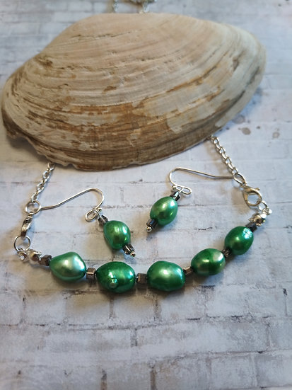 Emerald Green Baroque freshwater Pearls Necklace set