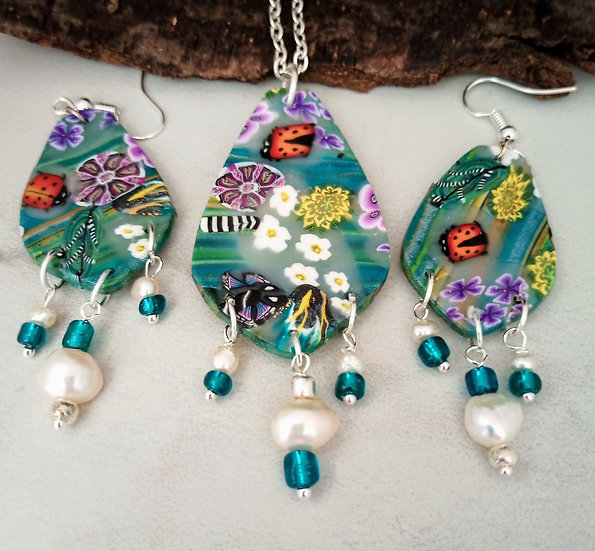 Teal Garden with Lady Bug Necklace set