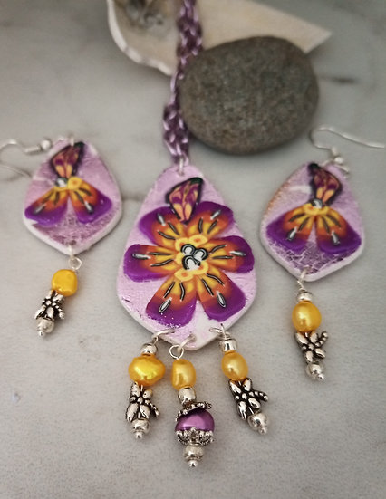Alegria Flower Necklace Set 2