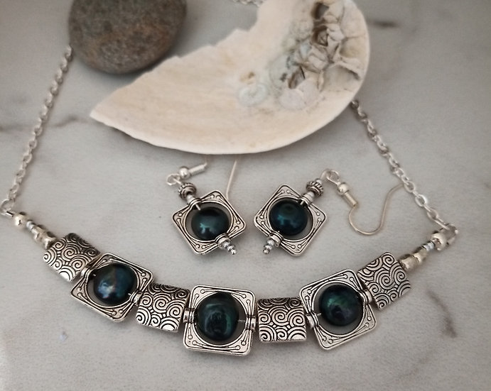 Teal Freshwater Pearls Necklace Set