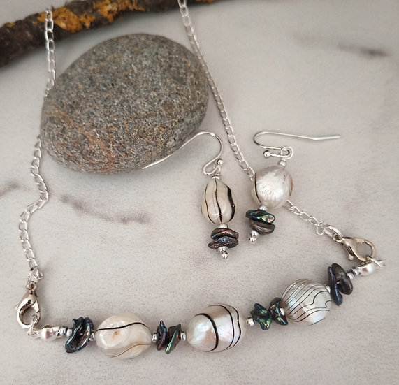 White Stripped Fresh Water Pearls Necklace set