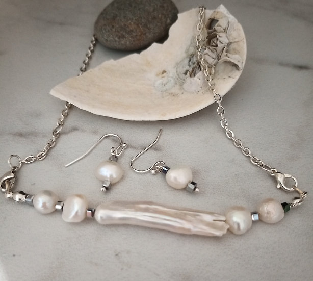 White Long Freshwater Pearls Necklace set