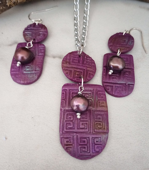 Deep Grape Modern Print  Necklace set (1)
