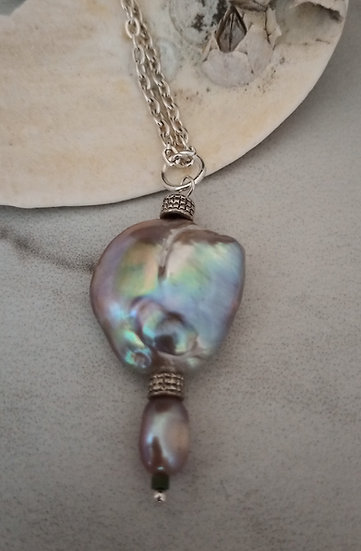 Magnificent Edison Fresh Water Pearls Pendant