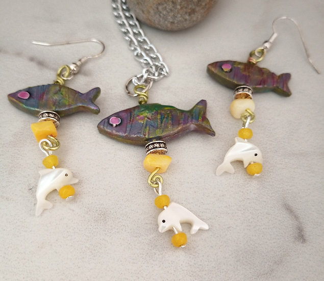 Yellow Fishies Necklace set