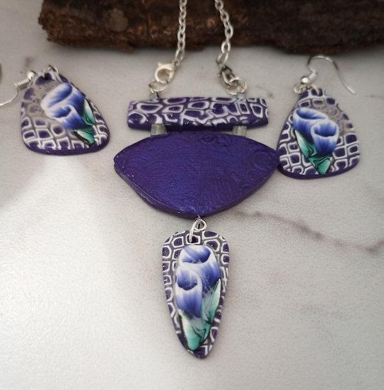 Triangular Bouquet of Purple Flowers Necklace set
