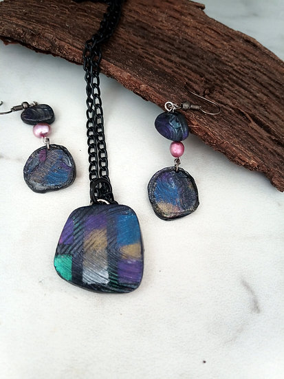 "Dichroic ""Stone"" Necklace set"