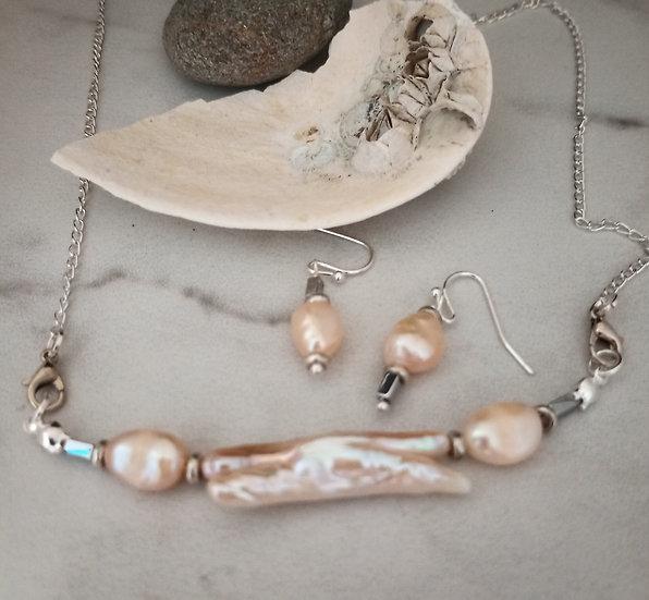 Unique Long Freshwater Pearls Necklace set