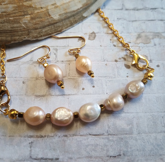 Natural Pink  Baroque Freshwater Pearls Necklace set