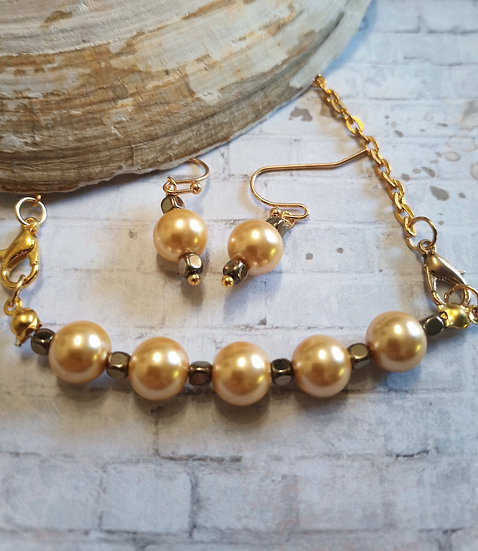 Gold South Sea Freshwater Pearl Necklace set