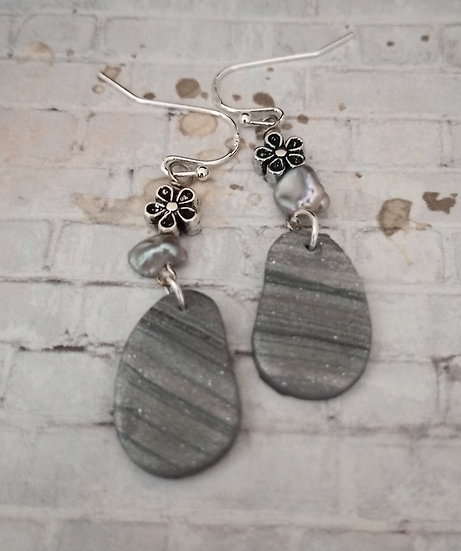 Mini  Silver Lines Pebbles Earrings