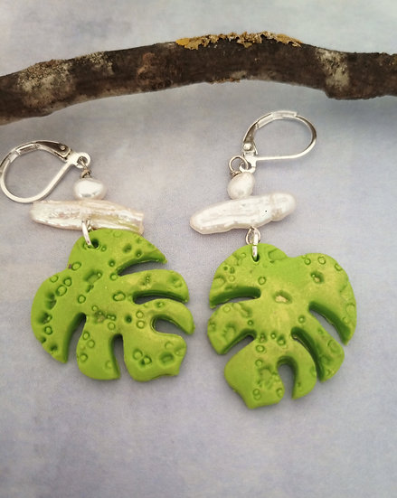 Monstera Leaf Lucius Green color Earrings