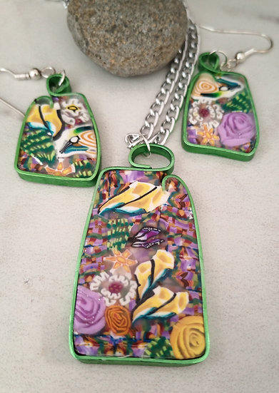 Carnations Gardens Necklace set