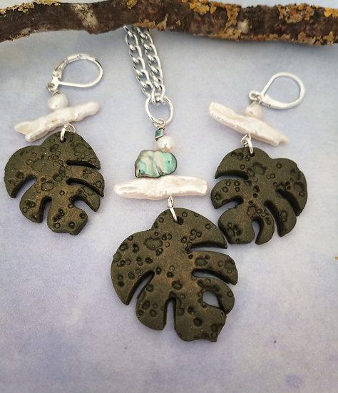 Monstera Leaf Soldier Green Necklace Set