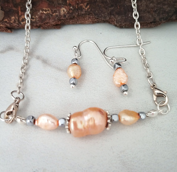 Peach Freeform Freshwater Peals necklace set