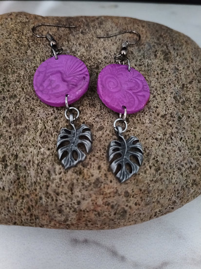 Embossed Grape Earrings with Leaf