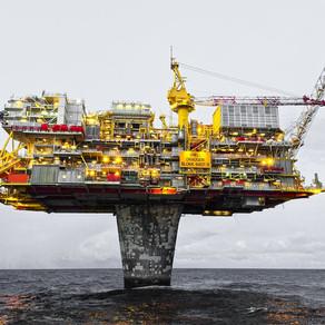 Naftne kompanije moraju drastično da smanje proizvodnju kako bi ispunile klimatske ciljeve