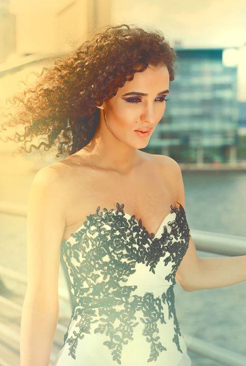 Enjoy the summer ❤️✨🌟⭐️💫 Makeup artist and stylist _Salma Uma_model_Seham Fadio_photographer_ Tony