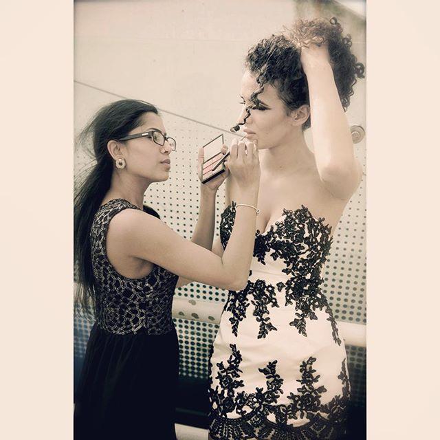 Last min touch up 💋 #behindthescenes #shoot #model #modeling #magazine #newyorknewyorkfashionweek #